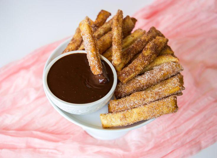 Smördegssticks med chokladsås- Churros på nolltid