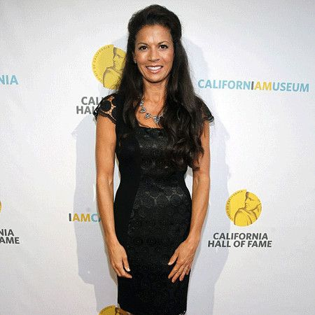 Dina Eastwood wiki, affair, married, Lesbian with age, reporter,