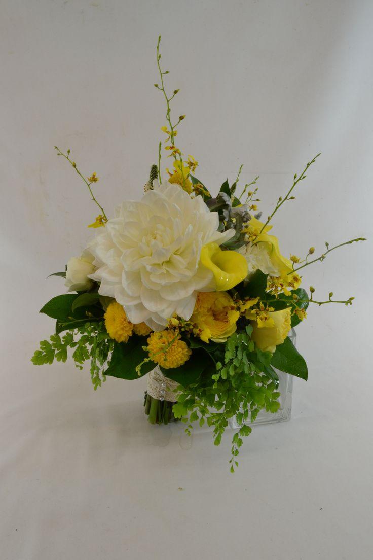 wedding-bridal-rustic-bouquet-dahlias-gerbera-daisies-freesia-burlap-lace