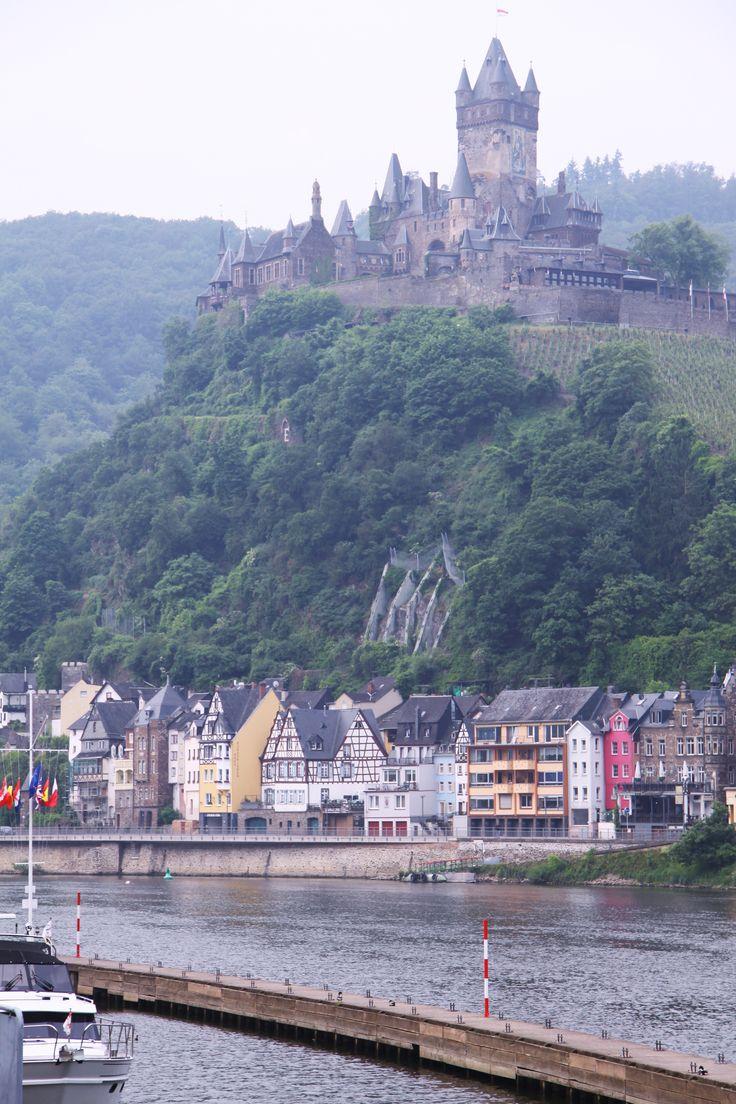 Rhine River Castle, Germany | CASTLES ♖♜ Châteaus ...