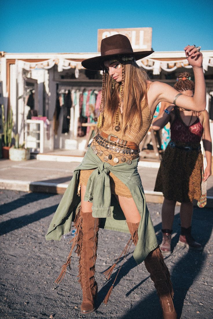 Annalise McLachlan at Bluesfest 2016 | Spell & The Gypsy Collective