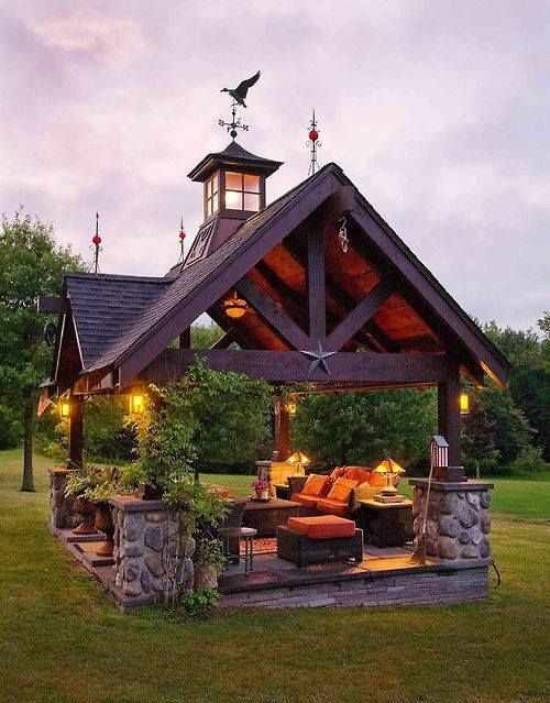 Home | Outside | Miniature outdoor cabin type of gazebo that is completely open! I LOVE this.