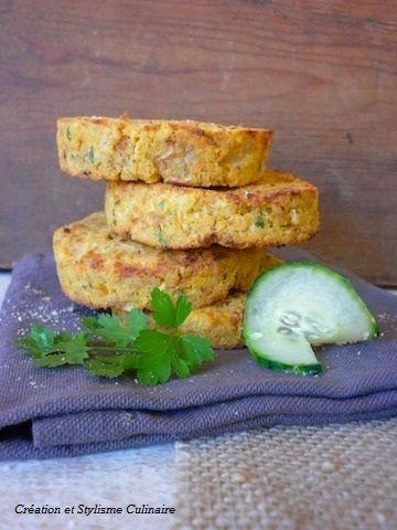 Galettes de pois chiches, oignons, persil et cumin : manger malin avec les légumes secs