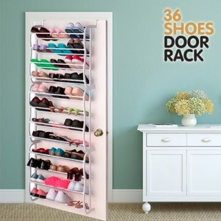 Save space and improve your comfort with the amazing Door Rack shoe rack (36 pairs)! Thanks to this convenient shoe organiser, you won't need to have lots of shoe boxes in your wardrobe. Additionally, it will help you find your favourite shoes easily anytime you need them. With space for 36 shoes (12 levels), the Door Rack shoe rack is great for the whole family. Install it on the door (installation accessories included). Door Rack is the best way to always keep your shoes handy and…