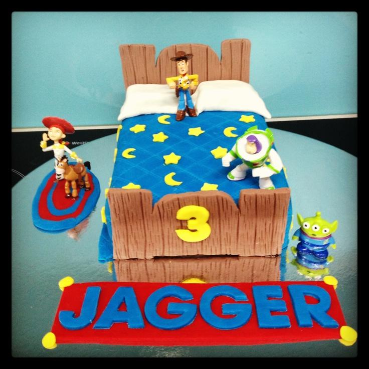 Toy story cake!