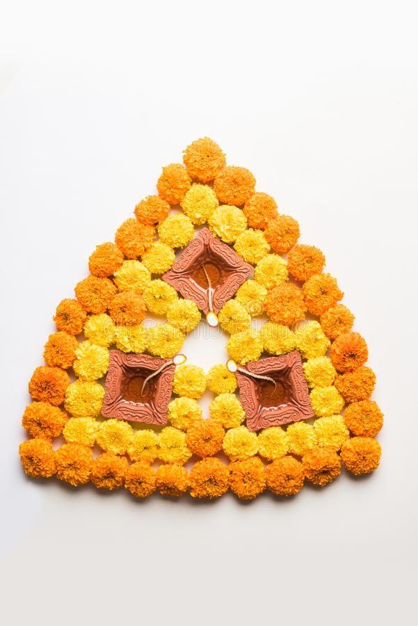 Flower Rangoli For Diwali Or Pongal Or Onam Made Using Marigold Or Zendu Flowers Sponsored Marigold Flower Rangoli Rangoli Designs Flower Flower Drawing