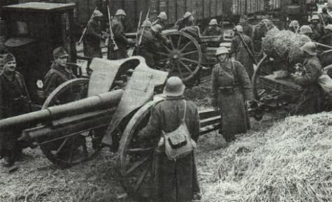 1st Guard Artillery Regiment  returning to Odessa - 75 mm Skoda 1928, Romanian Army WWII, pin by Paolo Marzioli