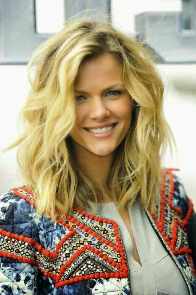 Perfect Beach Wavy Hair Pictures img2d01c3f86bd28e269