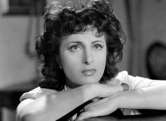 Anna Magnani. A powerhouse in every sense. See her in the Fugitive Kind and watch a fiery batch of talent explode.