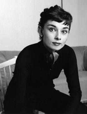 Audrey Hepburn, I admire her for her effortless beauty, spontaneity and talent. She taught me, with her words, that integrity is more important than image.