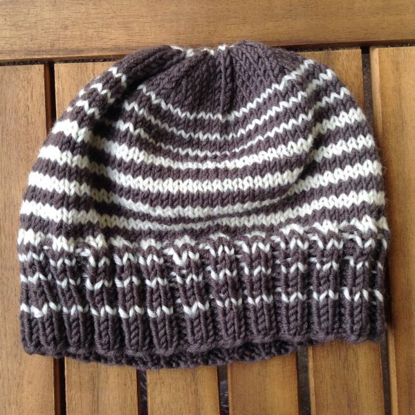 10 Patrons bonnets adultes gratuit au tricot