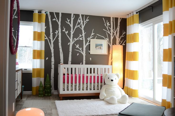 gender neutral bedroom. Can change the color of the crib sheet to blue for boy