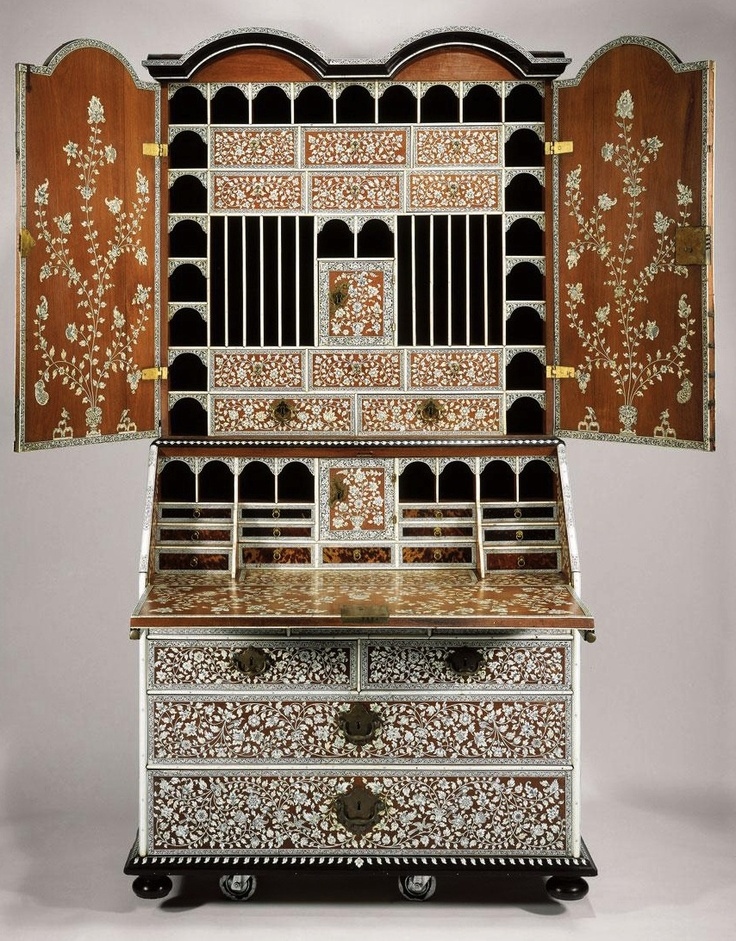 All the pattern on this! ANGLO-INDIAN BUREAU CABINET INLAID WITH ENGRAVED IVORY AND TORTOISESHELL - CIRCA 1740-1750, VIZAGAPATAM