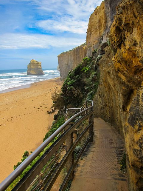 The Gibson Steps, Great Ocean Road / Victoria Australia (by Sonibonboni).