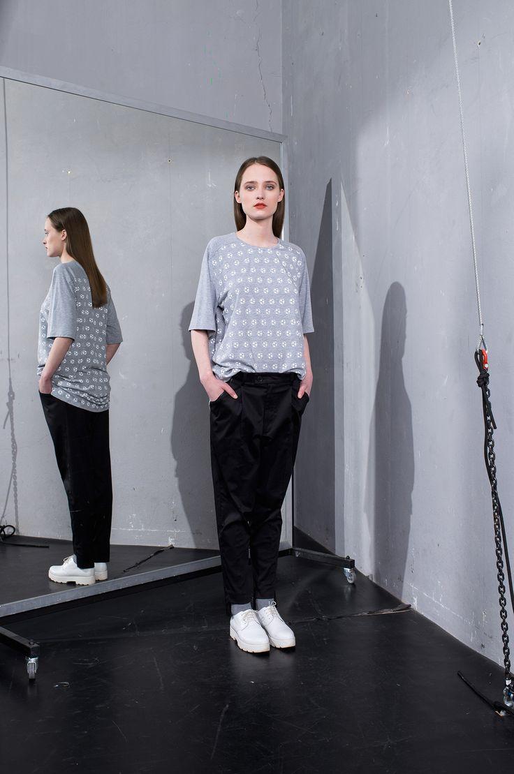 MEI KAWA   Football Print Grey Oversize T-Shirt