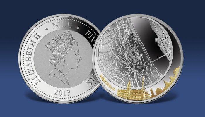 Odwzorowana z wielką starannością mapa Warszawy wybita na 60 mm monecie z czystego srebra