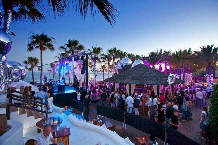 Full Moon Party at Nikki Beach Marbella, YAASSS.