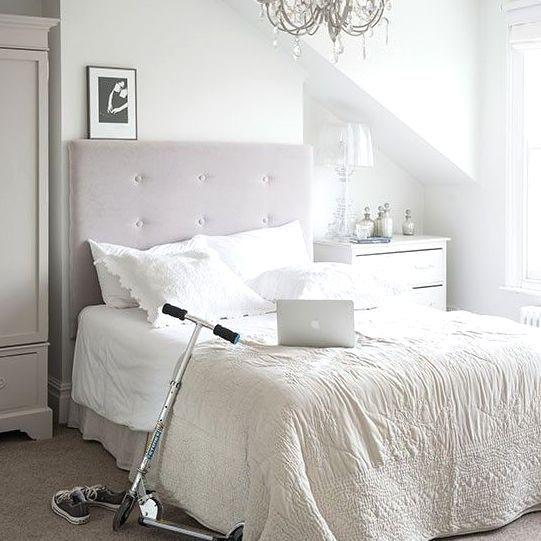 小さくてもおしゃれなベッドルームをご紹介します。おしゃれに見せるさまざまな工夫や狭いスペースを有効活用する方法など海外のデコレーションは必見です。海外ならではのベッドルームのコーデ術にはどんなものがあるのかチェックしましょう!