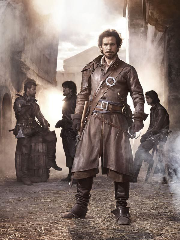 As if Santiago Cabrera wasn't awesome enough as Lancelot in Merlin, now he's Aremis in the BBC adaptation of the Musketeers!