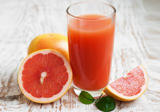 Why Grapefruit Juice can Promotes Weight Loss?... Because grapefruits about 90% consist of water, they can help improve the metabolism and facilitate weight loss. However, we must combine the consumption of grapefruit with a reduced calorie diet...The high vitamin C content grapefruit may also help to make the immune system stronger....