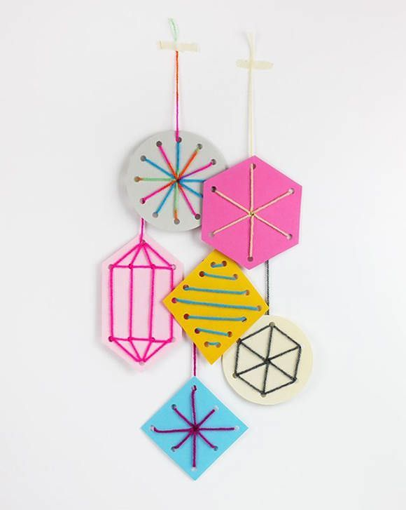 5 Simple Christmas Ornaments For Kids To Make – Diy Holiday Sewing Card Template Ornaments Via Mr Printables - Click for More...