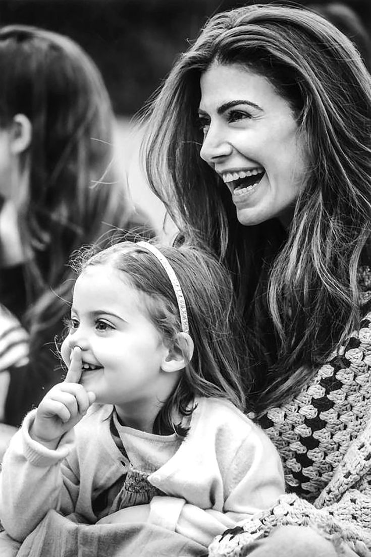 La Primera Dama, Juliana Awada con su hija Antonia Macri