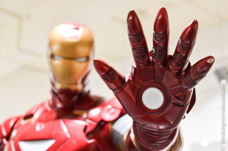 Le côté obscur des super-héros. #blog #Paris #Photographie #superheros #Marvel #ironman #exposition