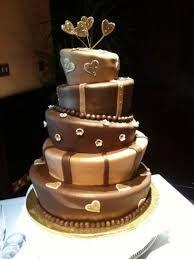 wedding cake...non sembra che stia per cadere?