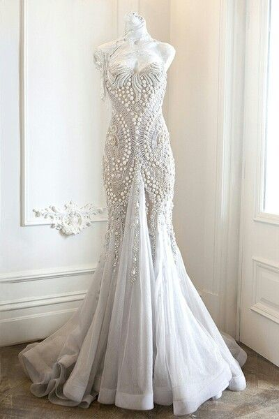 jaton couture- each dress is an architectural piece of art