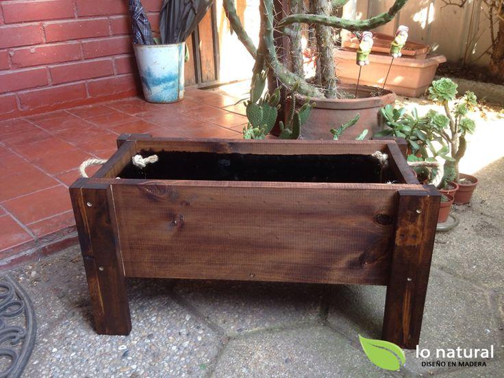 Jardinera de Madera con capacidad de.15 lt.