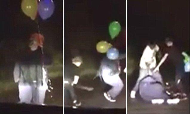 Creepy clown gets beat up by three guys