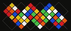 Playera con patrón esteriotipado de sueter combinado con el cubo Rubik | La Guarida Geek