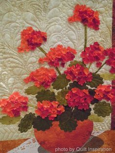 closeup, Geraniums by Laurel Anderson. 2014 River City Quilters' Guild Show. Photo by Quilt Inspiration.