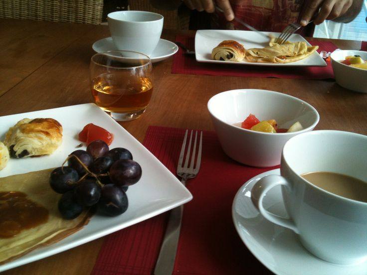 Brunch panecake honey fresh fruit 🍉