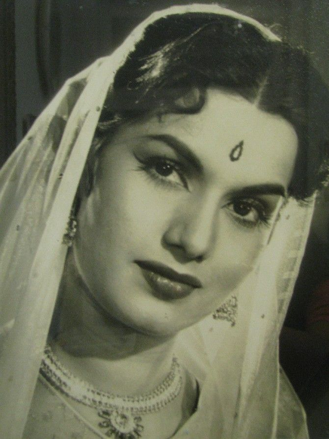 Shyama (born Khurshid Akhtar; 7 June 1935, Lahore) was a Bollywood actress. Her best known roles were in Aar Paar (1954), Barsaat Ki Raat (1960) and Tarana. She was also noticed in 'Sawan Bhadon', 'Dil Diya Dard Liya', 'Milan' and 'Sharda' for which she was awarded Filmfare Award for Best Supporting Actress.