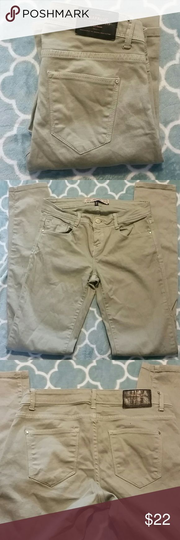 """Zara Trafaluc Denim Olive Skinny Jeans Size 4 Zara Trafaluc Slim Denim - Skinny Jeans - Olive green color. Size 4. Good used condition.  Inseam approx 32"""" Waist approx 28"""" Front rise approx 7.5"""" Leg opening approx 5"""" across Zara Jeans Skinny"""