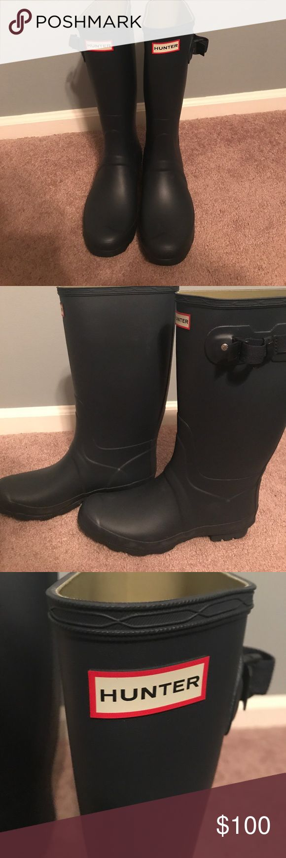 """Hunter """"Huntress"""" Rainboots Brand new! Bought on clearance and couldn't return and did not fit. Never worn, perfect condition. Navy blue. Hunter Boots Shoes Winter & Rain Boots"""