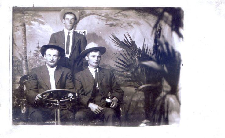 photographie ancienne studio decors 13 Photographies anciennes, transports et décors de studio  photo photographie histoire