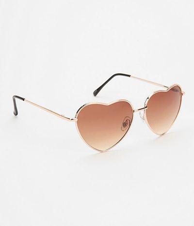 The world looks a little lovelier through heart-shaped frames... #heart #sunnies #sunglasses