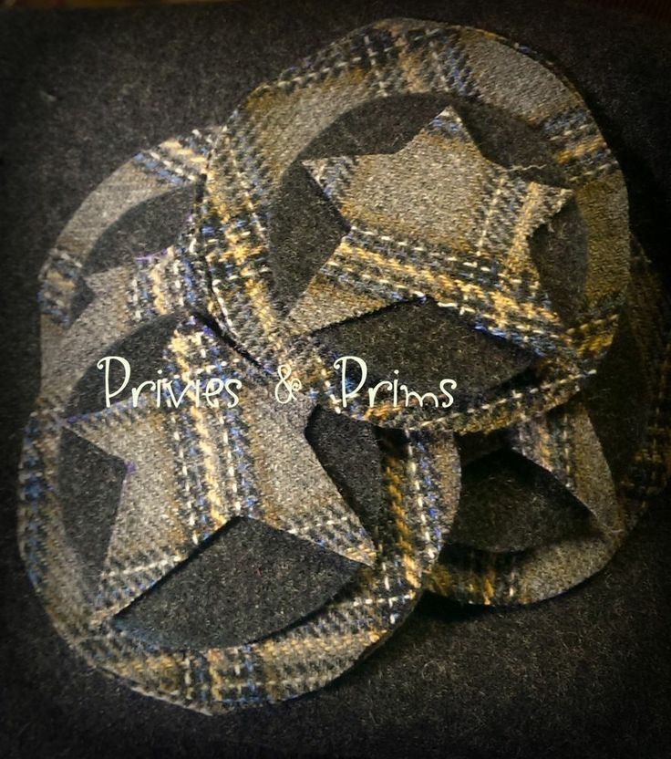 17 best images about wool crafts on pinterest folk art for Penny coasters