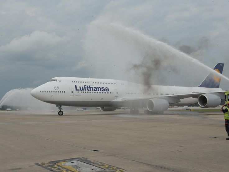 boeing 747 8 intercontinental | boeing 747-8 intercontinental photos - USATODAY.com Photos