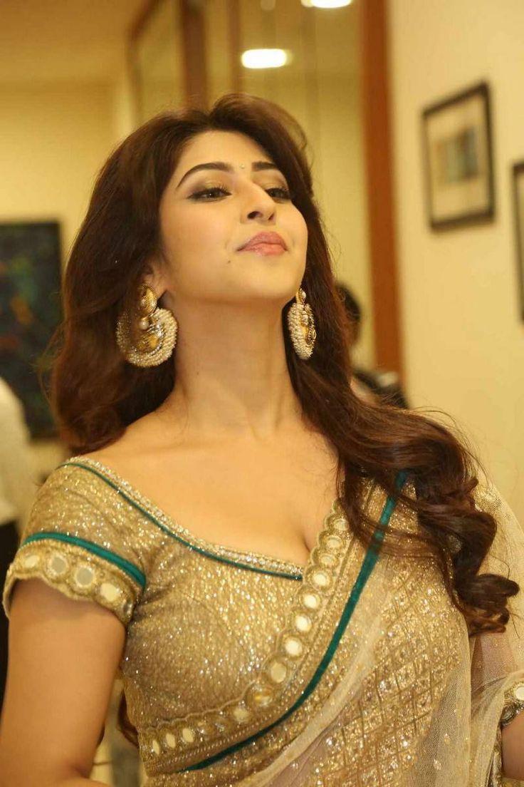 Sonarika Bhadoria Latest Stills at Eedo Rakam Aado Rakam Audio Launch - Actress Celebrities Photos