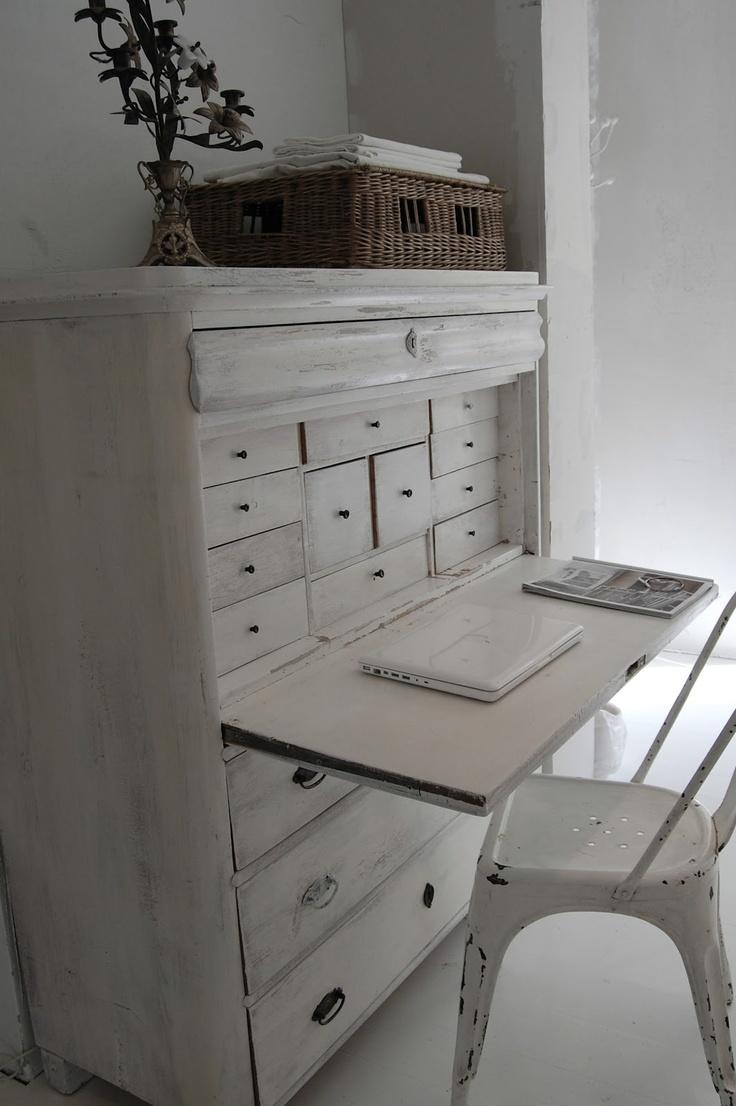 Pure White shabby dresser