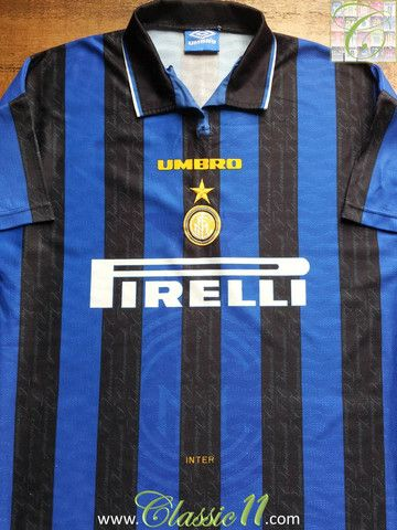 Relive Internazionale's 1996/1997 season with this vintage Umbro home football shirt.
