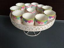 Бесплатная доставка новый! 1 уровня белый утюг кекс стенд торт украшения башни свадебное башни dressert стенд(China (Mainland))