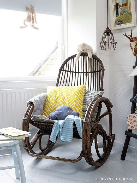 baby bedroom kids room babykamer JONGInterieur.nl vintage schommelstoel