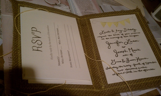 Burlap Wedding Invitations Diy: DIY Burlap Wedding Invitations