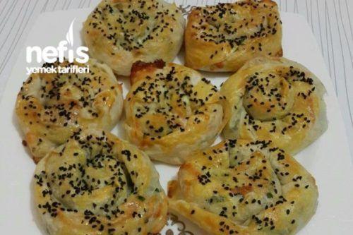 Sıradışı Zahmetsiz Kremalı Börek (Anında Hazır) Tarifi