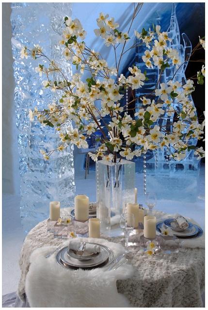 De 25 populairste idee n over romantische tafel op pinterest romantisch dinee instelling - Romantische witte bed ...