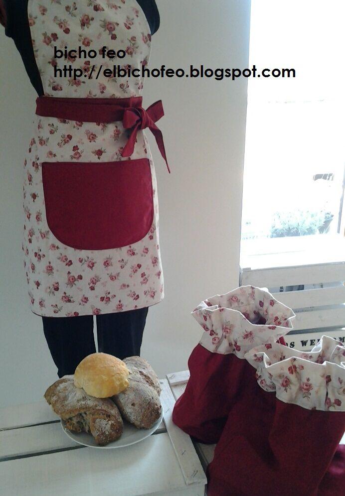 grembiule in cotone stampato e sacchetti porta pane coordinati http://elbichofeo.blogspot.com